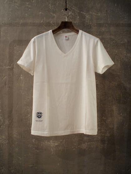 LOW V NECK TEE 2