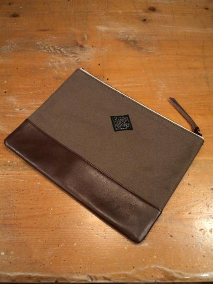 COMBI-LEATHER POUCH