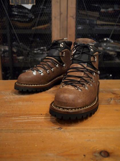 "Mountain Boots""Adventure2"""